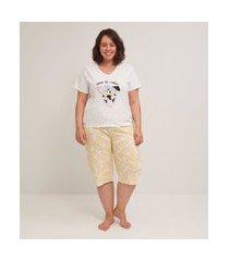 conjunto de pijama estampado blusa manga curta e calça pantacourt curve e plus size branco
