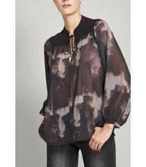 blusa estampado contraste  gasa gris rock liola