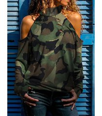 camiseta de cuello alto de manga larga con hombros descubiertos de camuflaje verde militar