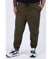 calça de sarja masculina plus size em moletom jogger cargo verde militar
