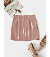 falda de cuero pu pu con diseño de cremallera caqui