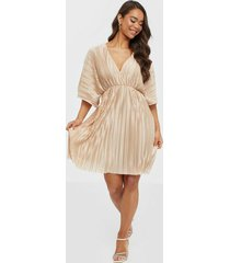 nly trend pleated kimono dress skater dresses