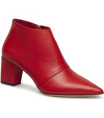 fine leather ant shoes boots ankle boots ankle boots with heel röd mads nørgaard