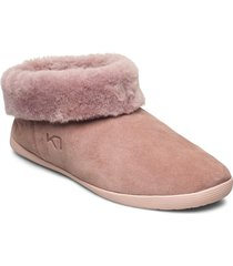 hygge lux slippers tofflor rosa kari traa