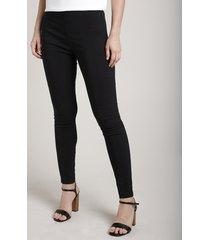 calça feminina legging em jacquard estampada de poá preta