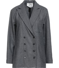attic and barn suit jackets