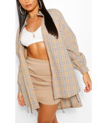 the oversized flannel shirt, nude