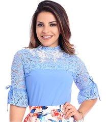 blusa miss lady crepe azul claro com pedrarias
