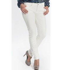 calça jeans canal skinny
