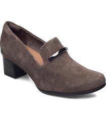 un damson lane loafers låga skor beige clarks