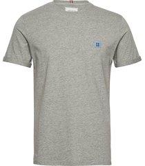 piece t-shirt t-shirts short-sleeved grå les deux