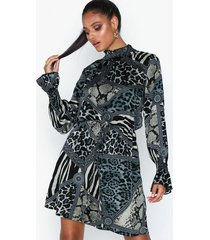 ax paris long sleeve animal print dress loose fit