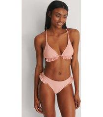 marije zuurveld x na-kd recycled bikiniunderdel med ryschdetalj - pink
