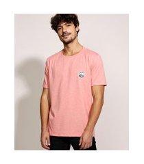 camiseta masculina com patch manga curta gola careca coral