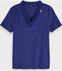 scotch & soda t-shirt met korte mouwen en v-hals van gerecyclede linnenmix