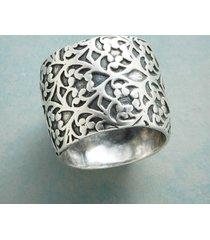 bountiful sterling band ring
