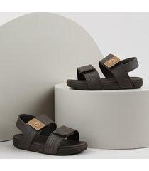 sandália papete infantil cartago marrom escuro
