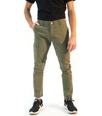 pantalón verde bravo