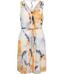 dresses light woven knälång klänning vit esprit collection