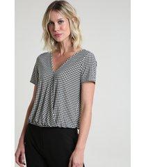 blusa feminina blusê transpassada estampada pied de poule manga curta decote v branca