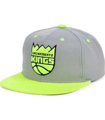 mitchell & ness sacramento kings volt snapback cap