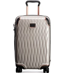 tumi international carry-on - silver
