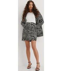 na-kd trend zebramönstrad kjol - multicolor