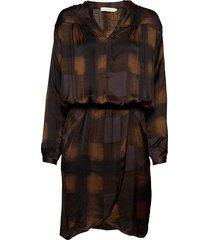 geometric wrapover short dress jurk knielengte bruin rabens sal r