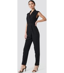 na-kd party collared waistband jumpsuit - black