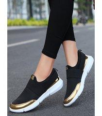 zapatillas informales con punta redonda