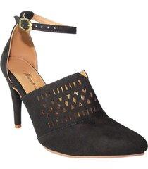 zapatos  elegante cut outs en laser  tacon mediano  abierto atras con  amarre en el tobillo  wanted  5558