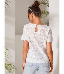 blusa de manga corta con cuello redondo y diseño blanco de yoins