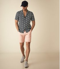 reiss wicket - casual chino shorts in dusky pink, mens, size 38