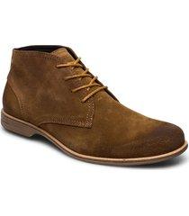 fall mid desert boots snörskor brun sneaky steve