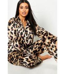 plus satijnen pyjama met luipaardprint, luipaard