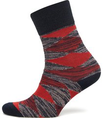 didde squares lingerie hosiery socks röd becksöndergaard
