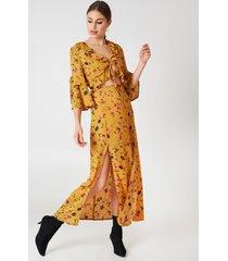 glamorous short sleeve midi dress - multicolor,yellow