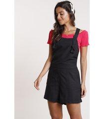 jardineira feminina com linho e bolsos preta