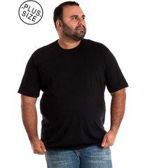 camisa básica manga curta plus size preto