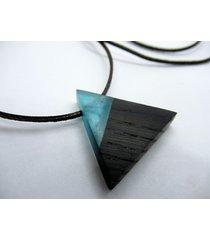 drewniany wisiorek trójkąt czarny dąb+błękit