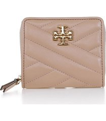 tory burch kira chevron wallet in sand leather