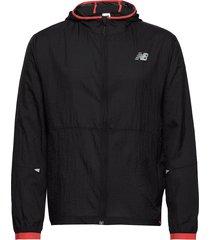printed impact run light pack jacket outerwear sport jackets zwart new balance