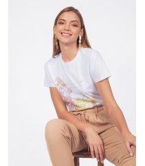 camiseta adrissa blanca estampado verano en la ciudad con lentejuelas