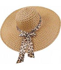 chapéu bege aba larga casual e praia com faixa animal print