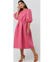 na-kd boho structured puff dress - pink