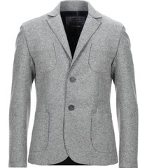 eric hatton suit jackets