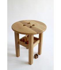 drewniany stolik edukacyjny / sorter kształtów 2