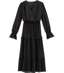 lång klänning med v-ringning och lång ärm