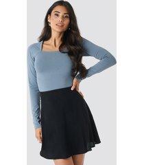na-kd flowing skirt - black