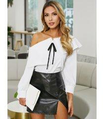 blusa de manga larga con hombros descubiertos y lazo elegante de yoins